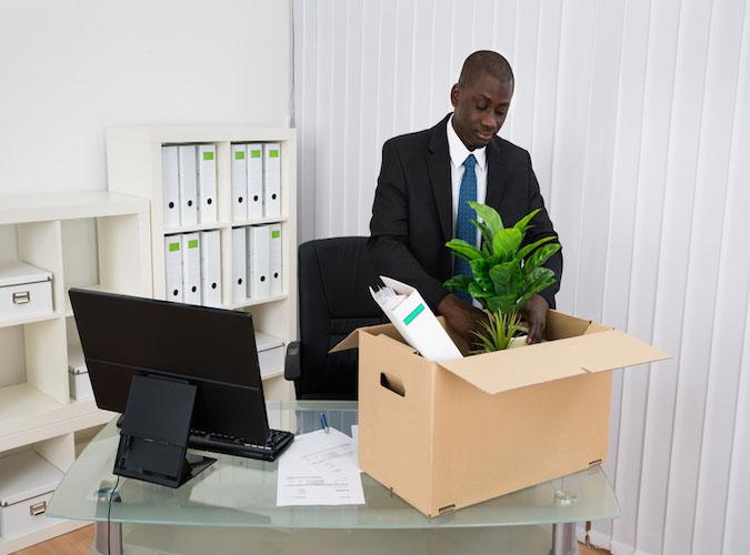 Viele Angestellte werden ihre Arbeit verlieren, wenn große Geldhäuser den Umzug wagen.