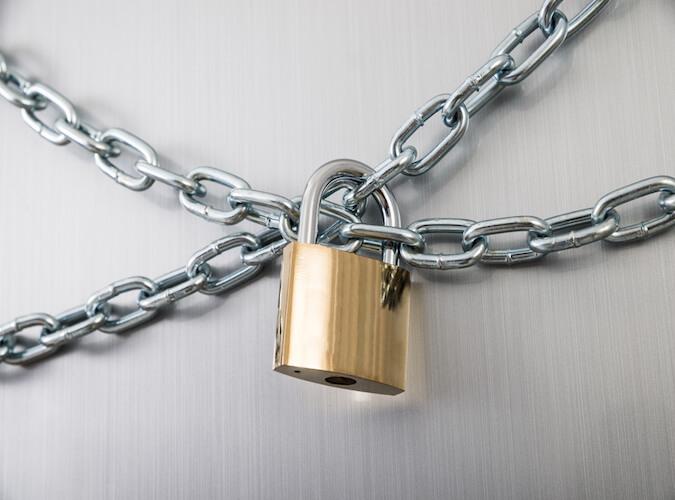 Ein Anblick, an den sich viele Bankkunden gewöhnen müssen: Verschlossene Türen.